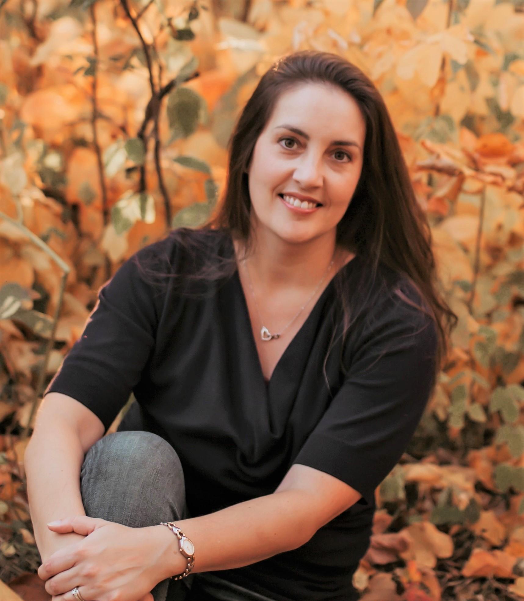 Rachael Clarke author pic